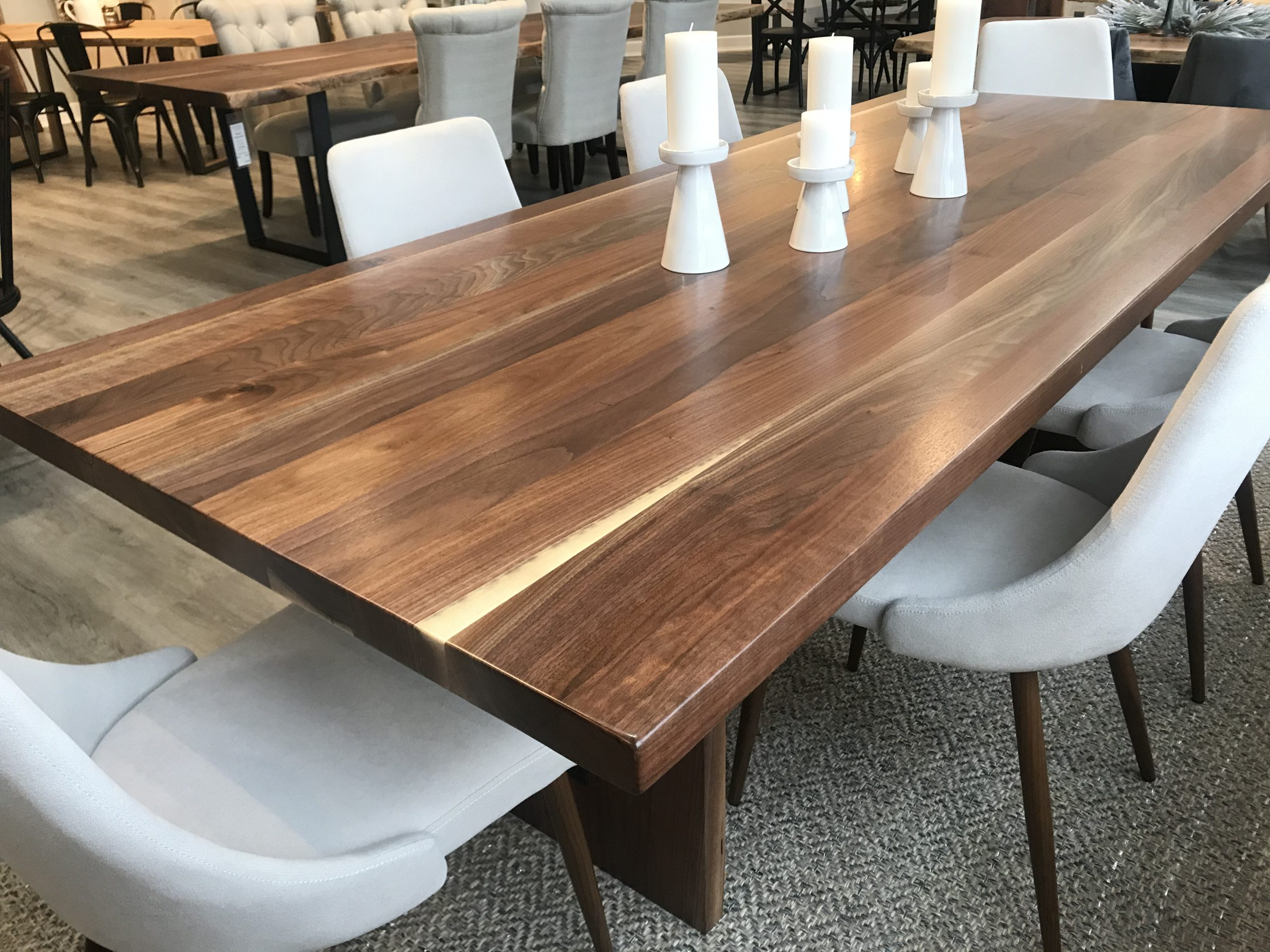 Venta Walnut Dining Table For 8 En, Walnut Dining Room